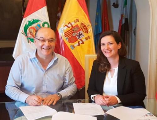 Firmamos acuerdo de colaboración con el Centro Español en Perú.